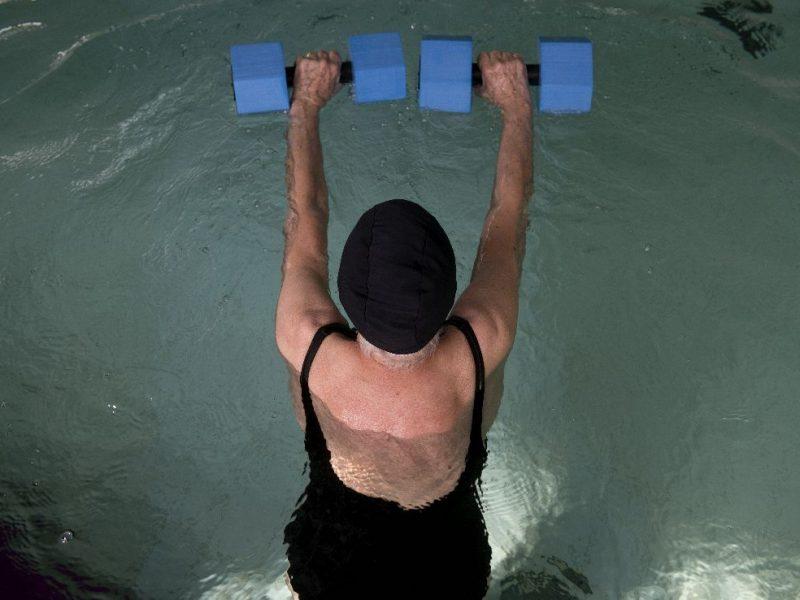 riabilitazione in piscina