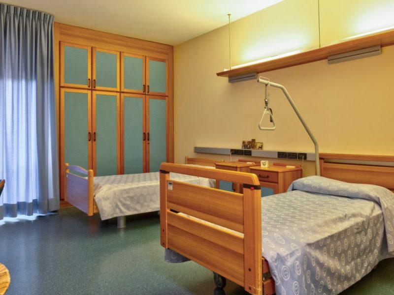 una delle stanze doppie dell'Ospedale di Comunita'